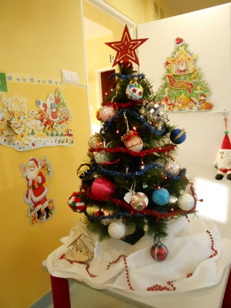 Choinka Świąteczna w gr. 1